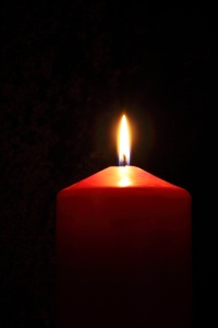 Photo: Mircosoft Clifpart - a candle burns in the dark